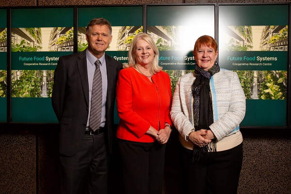 https://www.futurefoodsystems.com.au/wp-content/uploads/2019/09/20190327-_-Minister-Andrews-CRC-Visit-26WEB.jpg