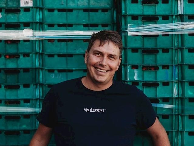 https://www.futurefoodsystems.com.au/wp-content/uploads/2020/10/Aussie-frozen-berry-producer-Stuart-McGruddy-has-been-awarded-a-Hort-Innovation-Churchill-Fellowship_Credit-Hort-Innovation_CROP.jpg