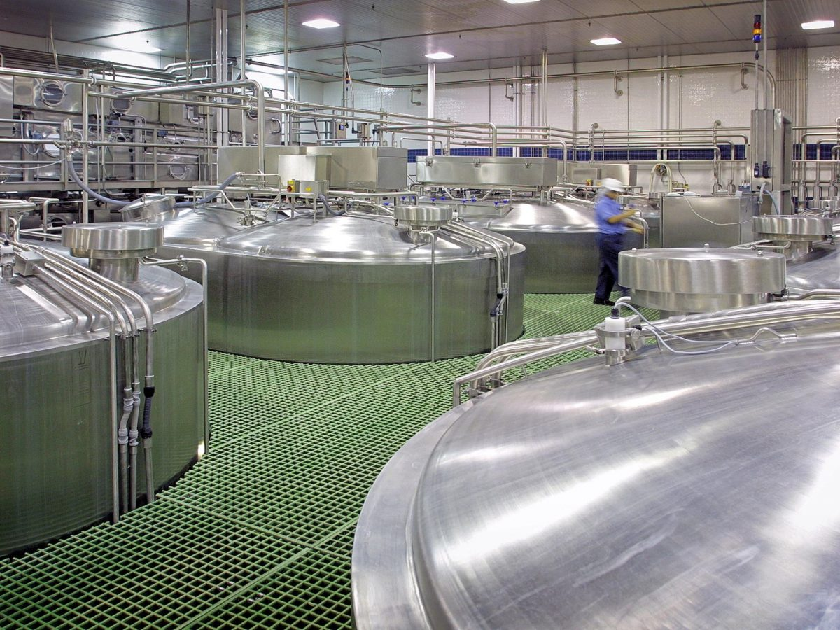 https://www.futurefoodsystems.com.au/wp-content/uploads/2020/10/Food-processing-tanks_Credit-Oregon-Department-of-Agriculture_CROP-1200x900.jpg