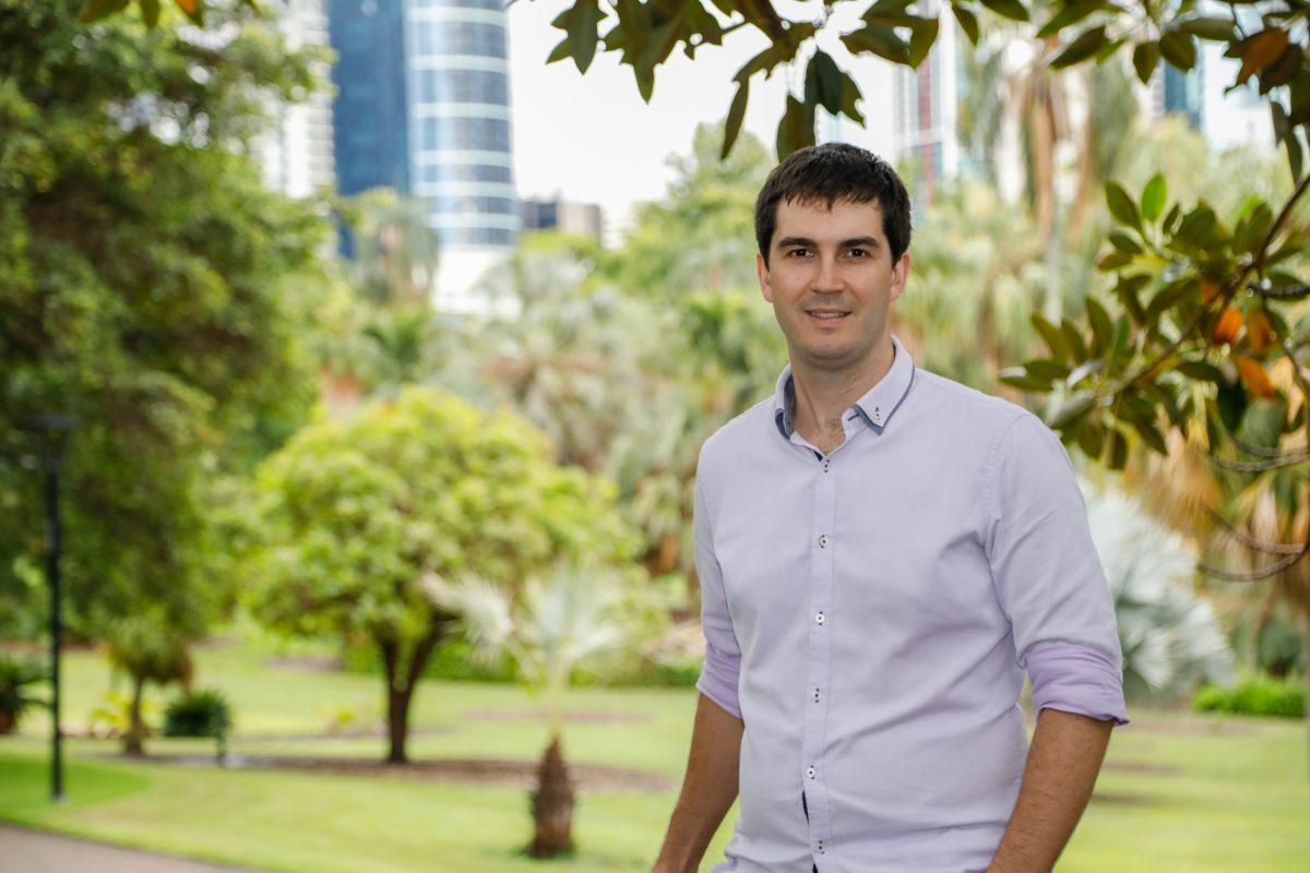 https://www.futurefoodsystems.com.au/wp-content/uploads/2020/11/profile-chris-lehnert_44627163114_o-1200x800.jpg