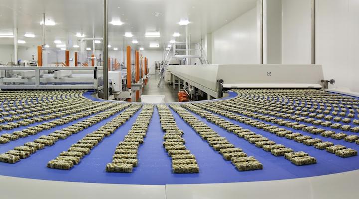 https://www.futurefoodsystems.com.au/wp-content/uploads/2021/02/Diver-Foods-factory.png