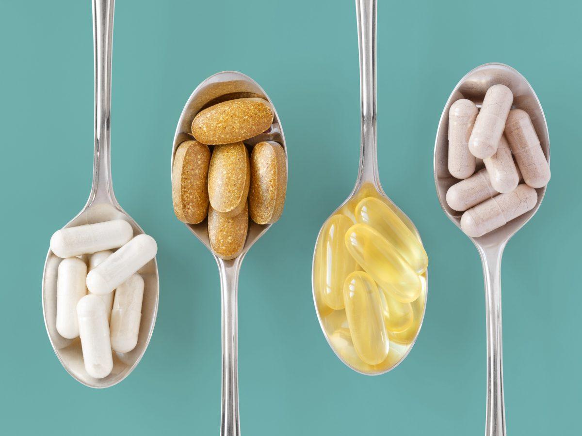 https://www.futurefoodsystems.com.au/wp-content/uploads/2021/02/Vitamins-and-supplements.-Credit-Robs-Photos-Shutterstock_CROP-1200x900.jpg