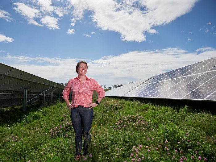 https://www.futurefoodsystems.com.au/wp-content/uploads/2021/03/UNEs-Dr-Kara-Tighe-stands-beside-a-solar-PV-array-the-Zero30-initiative-aims-for-carbon-neutrality-in-the-Armidale-region-by-2030.-Credit-UNE.jpg