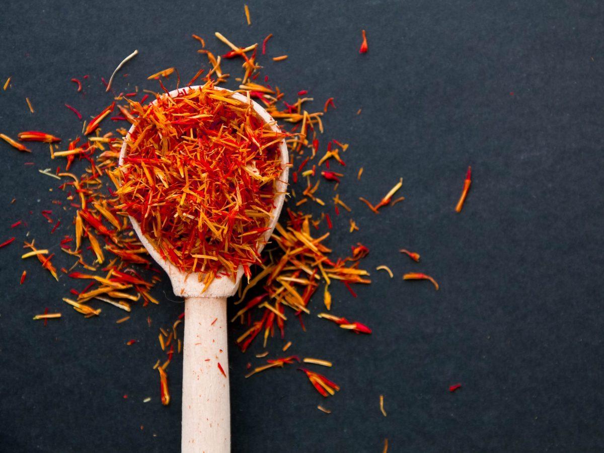 https://www.futurefoodsystems.com.au/wp-content/uploads/2021/07/Dried-saffron-spice.-Credit-Shutterstock_596057816_CROP-scaled-1200x900.jpg