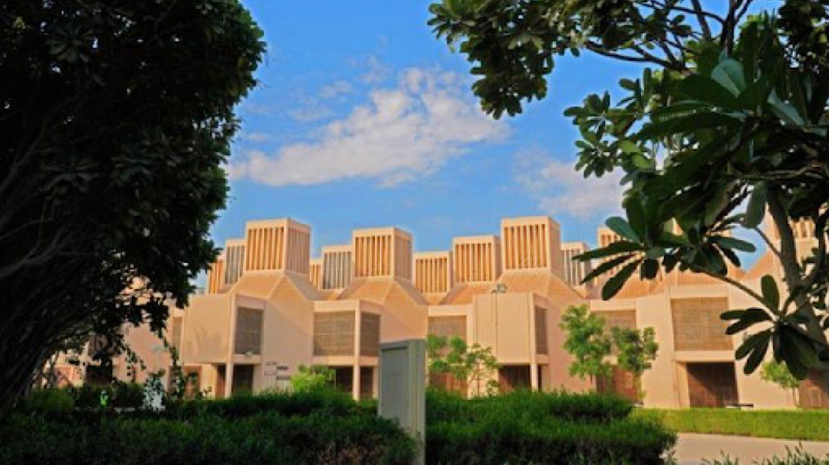 https://www.futurefoodsystems.com.au/wp-content/uploads/2021/09/Qatar-University-campus.-Credit-Qatar-University_CROP-1-1200x674.jpg